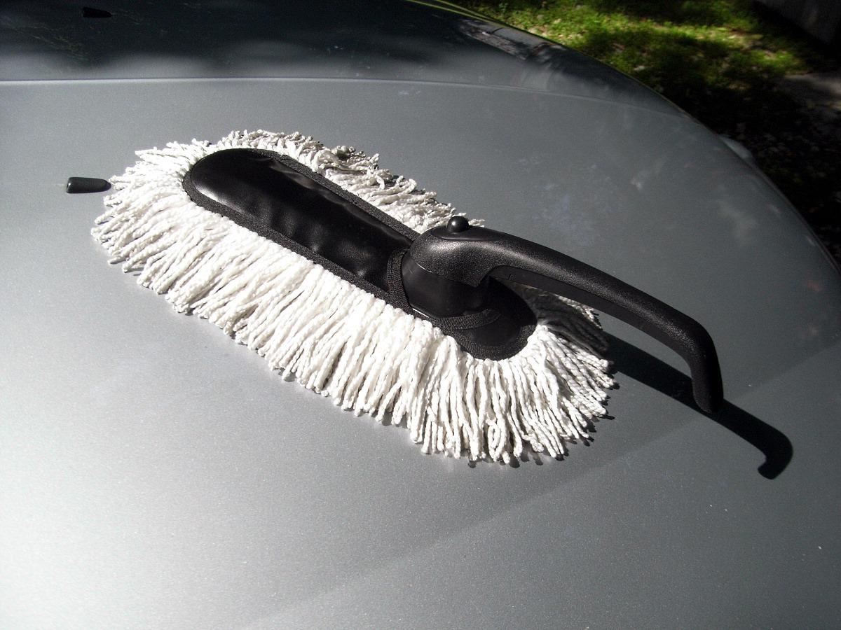 Щетка для автомобиля