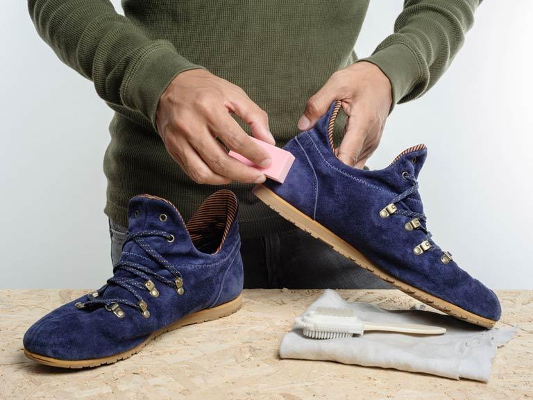 Сушить кроссовки