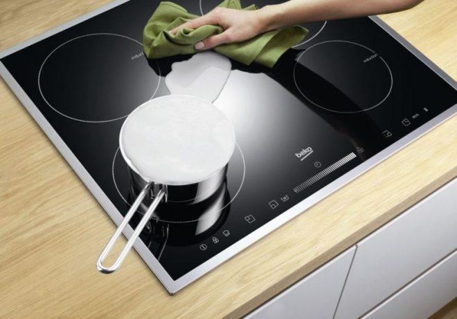 Очистка индукционной плиты